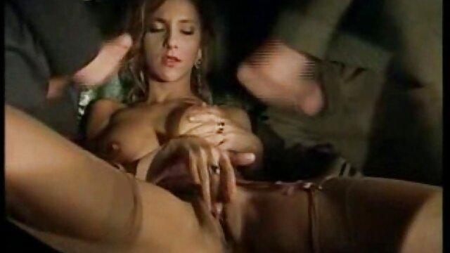 Adulte pas d'inscription  Une film porno entier streaming femme milf sexy trompe son mari avec un mec dur