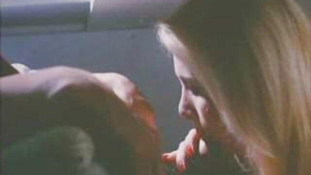 Adulte pas d'inscription  Capri filmes x streaming suce une grosse bite