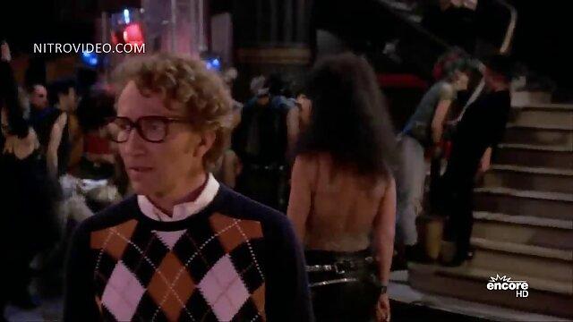 Adulte pas d'inscription  Cherry Jul et Silvia Saint film erotique x streaming lesbiennes se lèchent la chatte