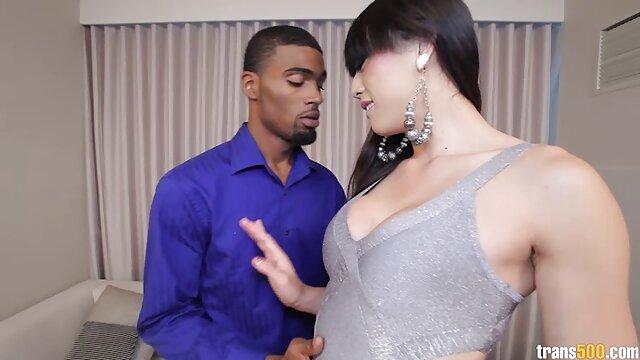 Adulte pas d'inscription  SBBW Ebony baise et films xxx en streaming prend un visage pop massif