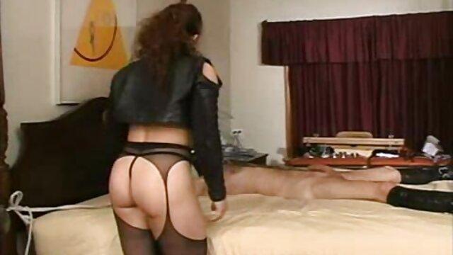 Adulte pas d'inscription  Bureau Double Pénétration Pour Milf Plantureuse film streaming porno complet