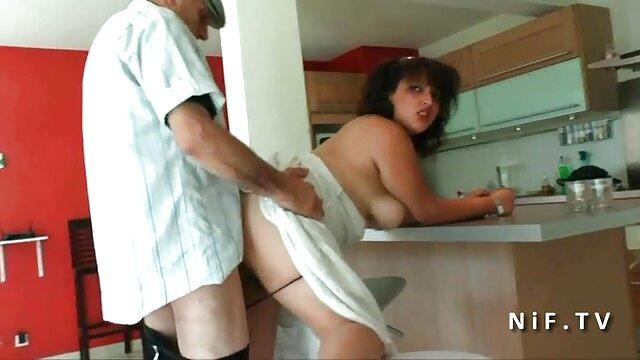 Adulte pas d'inscription  La milf britannique Sky se fait streaming film porno french baiser en bas