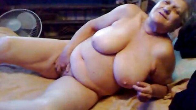 Meilleur porno sans inscription  My MILF Exposed - film porno français streaming gratuit Une mature amateur potelée perd sa chatte