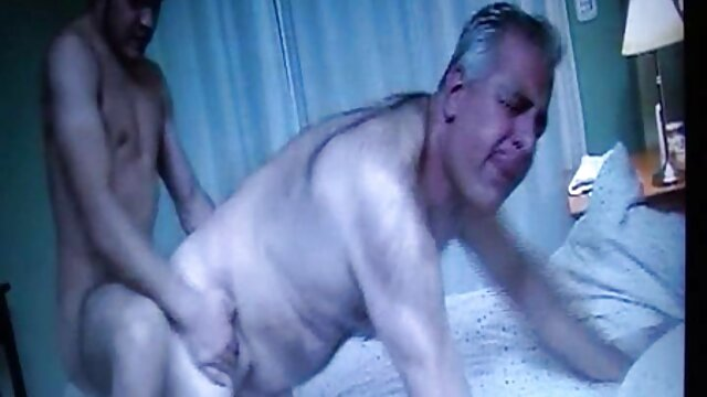 Adulte pas d'inscription  Fille se fait fouetter le cul au lit film xxx complet streaming