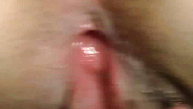 Adulte pas d'inscription  StrapOn Un mec tatoué est film x streaming francais attaché par sa copine sexy