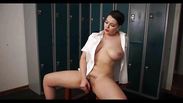 Adulte pas d'inscription  Webcam - Une site film porno streaming fille asiatique serrée taquine
