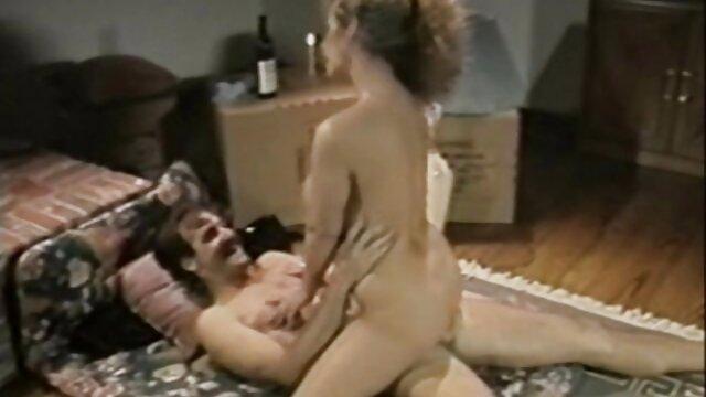 Adulte pas d'inscription  scène lesbienne porno streaming en francais chaude