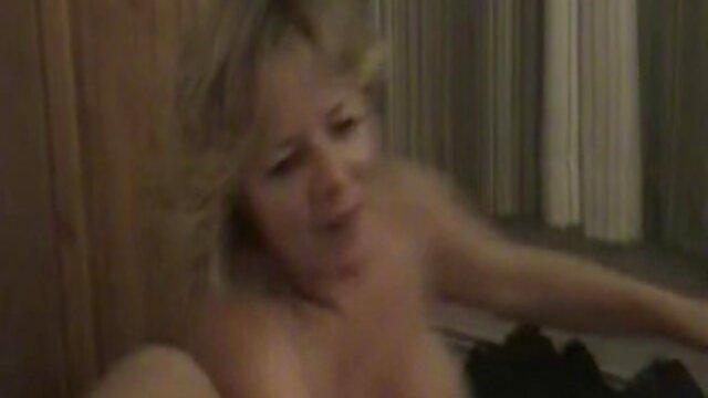Adulte pas d'inscription  Son film porno streaming premier trio
