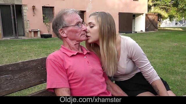 Adulte pas d'inscription  Papa site pour film x - Un couple baise