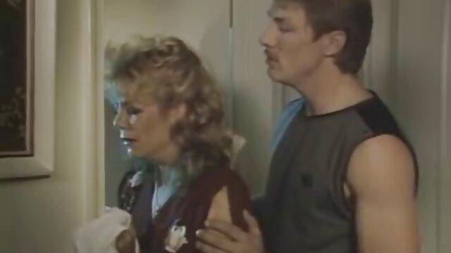 Adulte pas d'inscription  POV adolescent extrait de film x en streaming