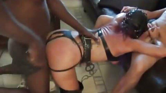 Adulte pas d'inscription  Brett Rossi film porno en streaming français se masturbe