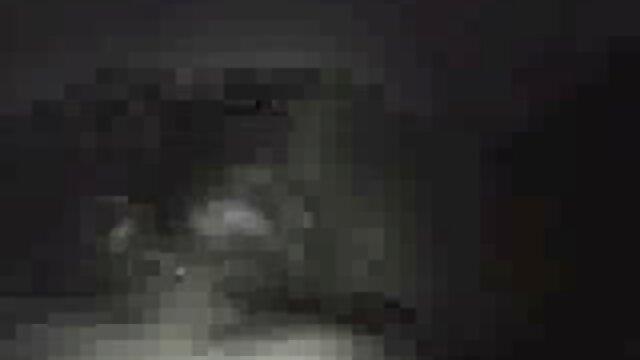 Adulte pas d'inscription  Un film x complet streaming combat à la baise, sexe lesbien.