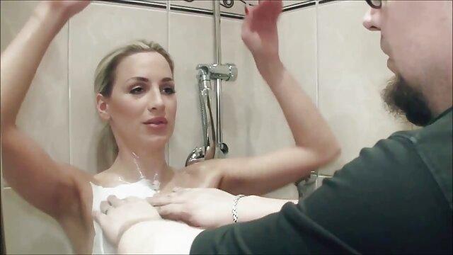 Adulte pas d'inscription  Mamie - film porno en francais streaming à l'extérieur